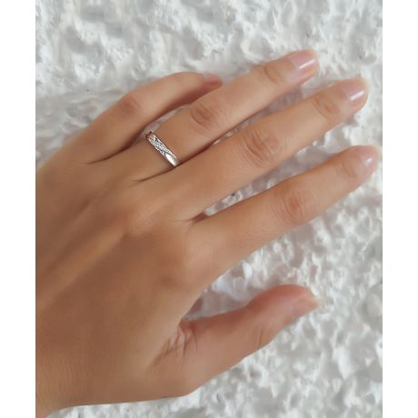 Alliance Femme. Platine. Diamants 0.029ct