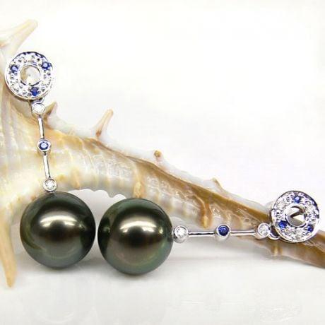 Boucles oreilles - Perles de Tahiti noires - Or blanc, diamants, saphirs