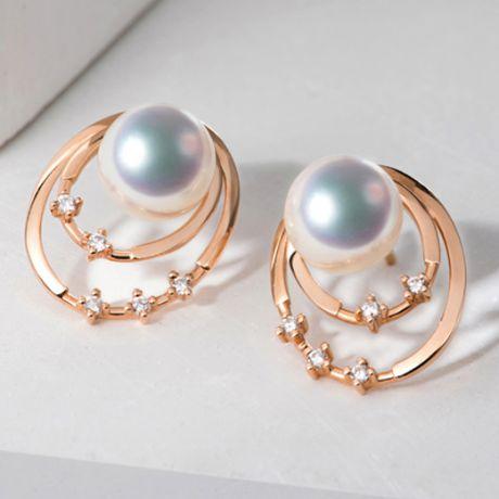 Boucles oreilles perles Akoya, Or rose, diamants. Motif double cercle