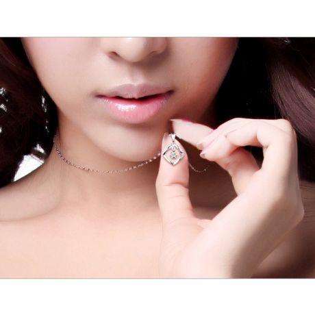 Pendentif diamant or blanc carrelet incurvé - Diamant solitaire