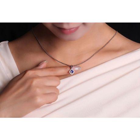 Pendentif losange Or blanc, saphir et diamants