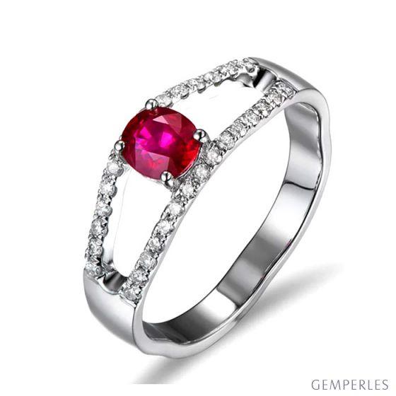 Bague rubis or blanc et diamants sertis
