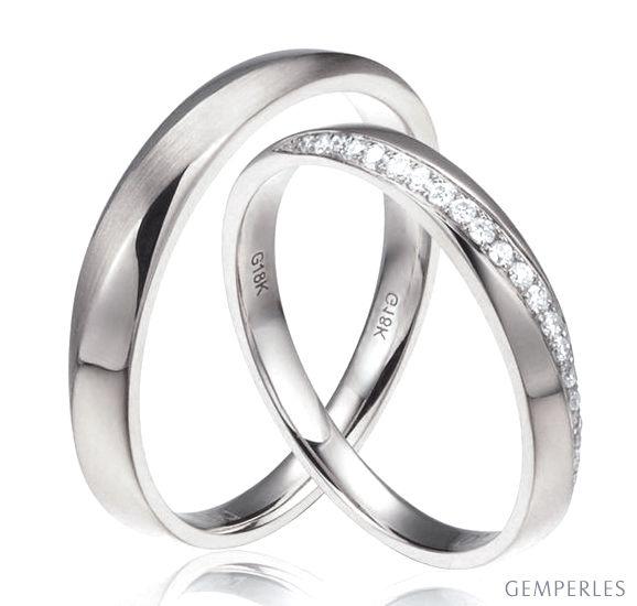 Alliances modernes homme et femme. Or blanc 18cts, diamants