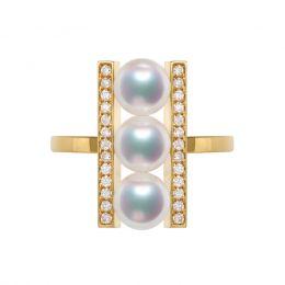 Bague 3 perles Akoya. Monture rail. Or jaune, Diamants