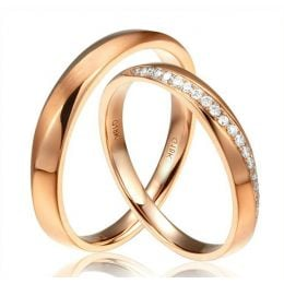 Alliances modernes homme et femme. Or rose 18cts, diamants
