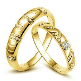Duo d'alliances or jaune et diamants style parsemé