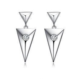 Pendants d'oreilles triangles Or blanc. Diamants 0.10ct