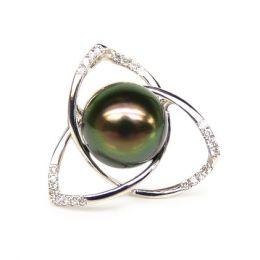Pendentif lotus - 3 pétales - Perle de Tahiti - Or blanc, diamants