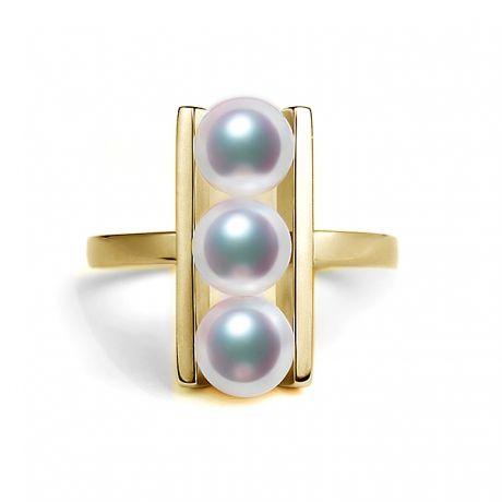 Bague 3 perles Akoya alignées et or jaune 18 carats
