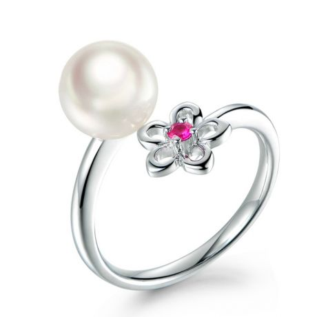 Bague fleur. Or blanc, perle Akoya et saphir rose