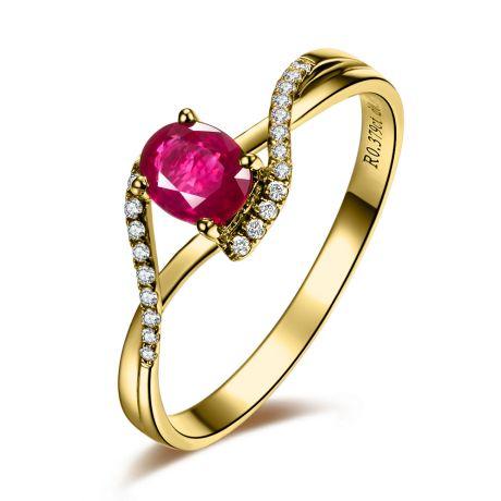 Bague rubis diamants en or jaune - Entre les doigts