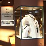 Rang de perles de culture proposées en colliers, finition or 14 et 18 carats
