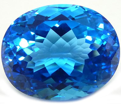 Topaze bleue ovale